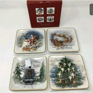 NIB Pottery Barn Christmas Plates